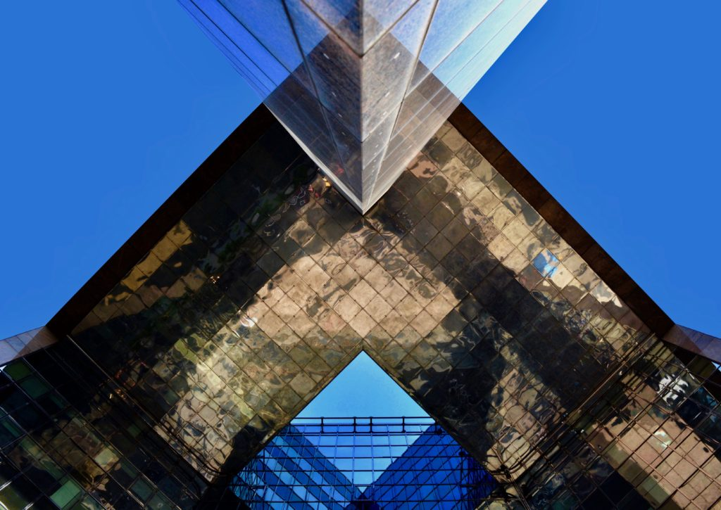London Bridge Abstract Building
